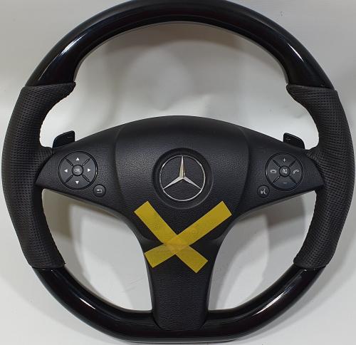 custom-mercedes-benz-steering-wheel